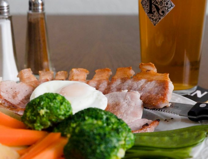 10 oz Gammon steak served with chips or potatoes, salad or vegetables, egg or pineapple